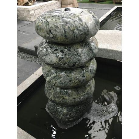 Findlingswasserturm, polierter Marmor, grün, ø 40 - 45 x H 80 cm