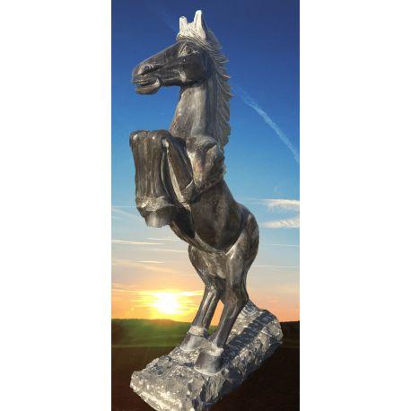 Limestone-Pferd H 150 cm