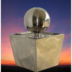 Edelstahl Wasserspiel mit Edelstahlquellkugel 25 cm