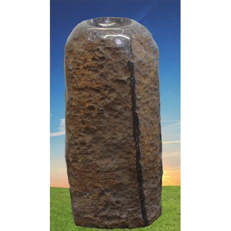 Basalt Quellstein Säule mit poliertem Kelch 340