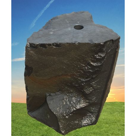 Basalt Quellstein 1099