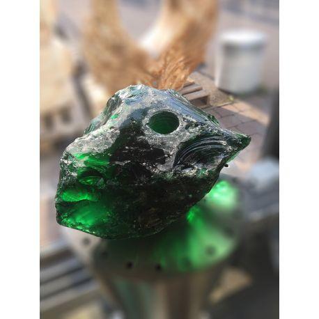 Glasbrocken grün als Quellstein gebohrt 10x21x17 cm