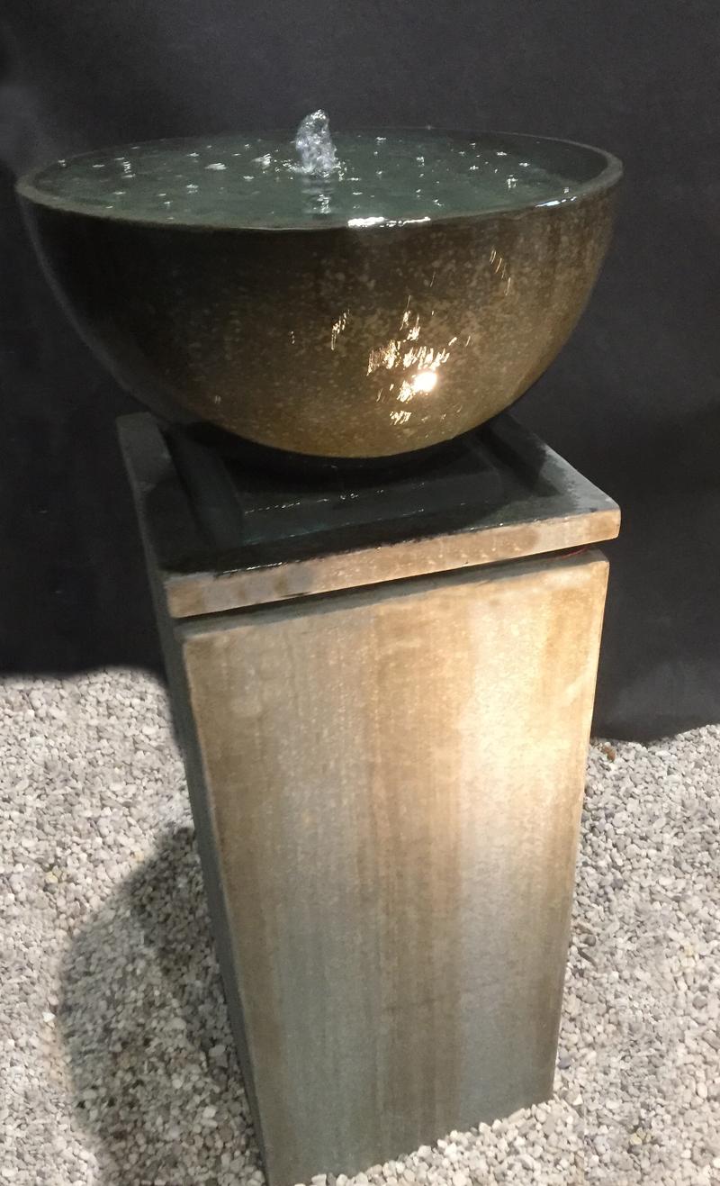 Antik-Brunnen Modena